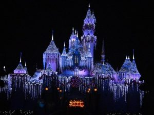 disneyland-night-300x225