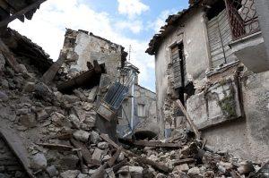 earthquake-damage8-300x199